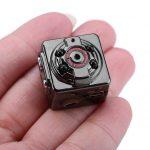 Rejtett / Rejthető kamera HD 45 SQ8 Mini HD 1080P micro kamera éjjellátó – töltés közben is működik 24 órában